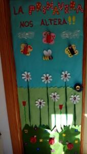 puerta primavera animales
