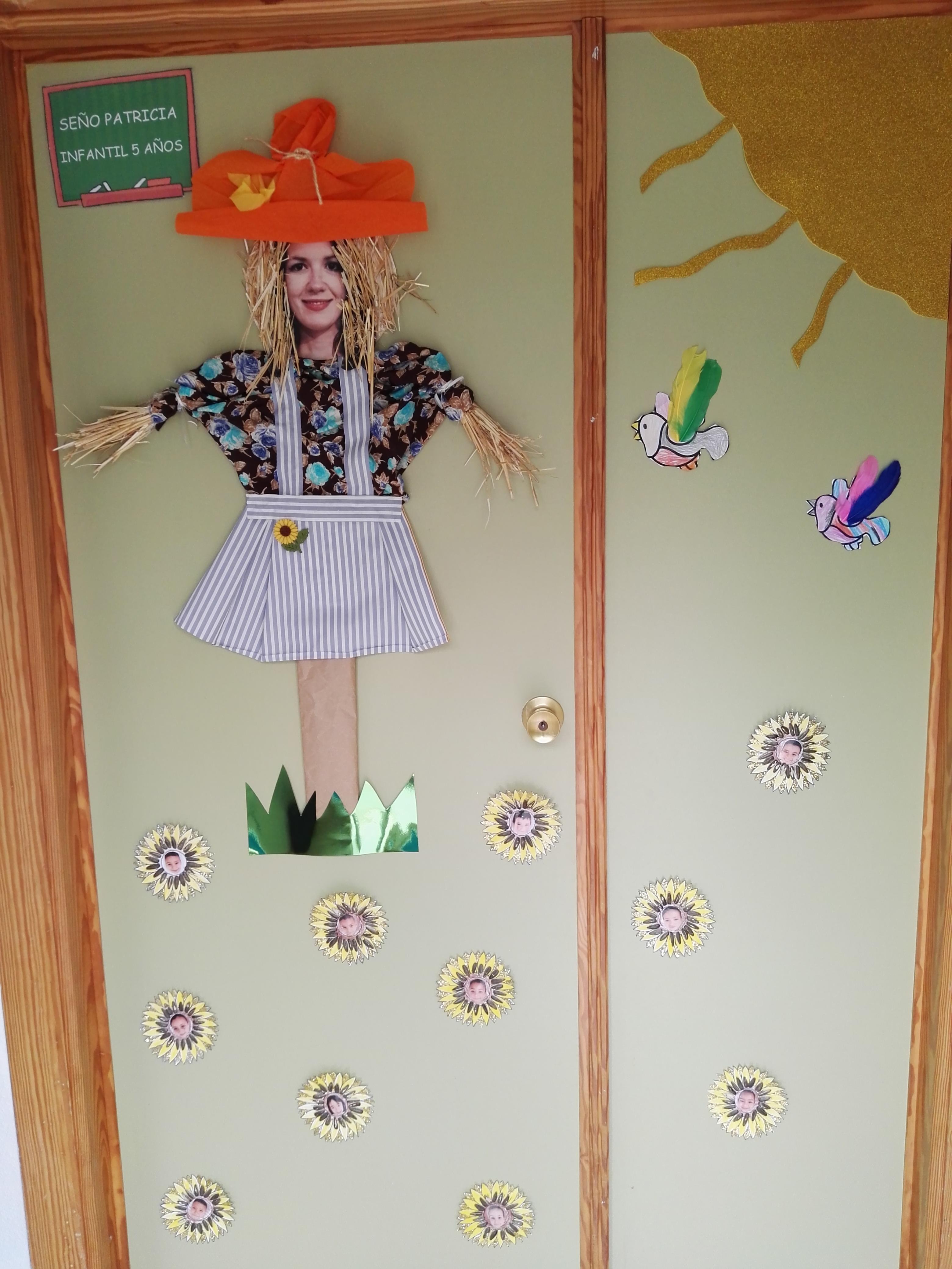 Puertas decoradas el mundo de trixi for Puertas decoradas del 14 de febrero