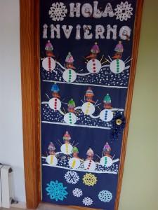 puerta invierno muñecos de nieve